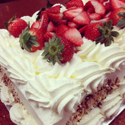 Whip Cream Cakes